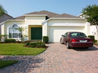 10 MINUTES TO DISNEY, ORLANDO - FANTASTIC VILLA WITH POOL AND GAMES ROOM FOR RENT