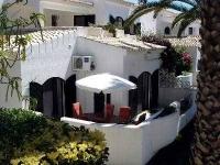 Garden flat to rent in Alvor, Portugal