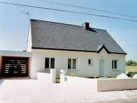 House with private garden to rent in Brittany