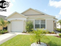 BEAUTIFUL FLORIDA VILLA. FREE POOL HEAT. SOUTH FACING POOL. Wifi and GAMES ROOM
