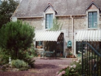Farmhouse in Brittany Countryside with pool - Sleeps 8