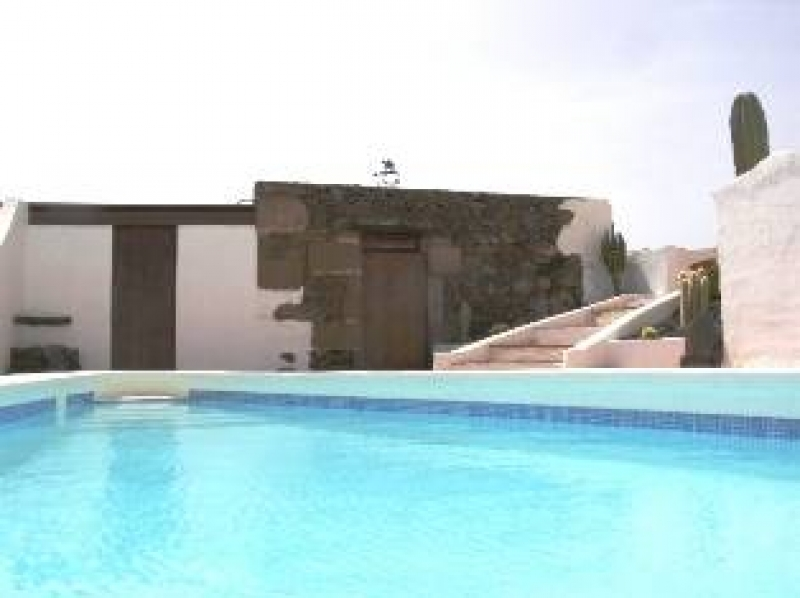Renovated and Modernised Canarian Finca Nr Puerto Calero with Sea Views