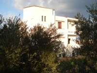 beautiful house in nature, close to the sandy beach of kasteli for ideal family holidays