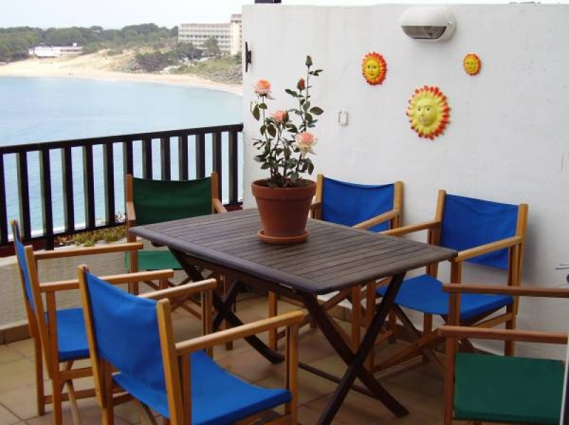 3 Bedroom Apartment to Rent in Arenal d'en Castell ...