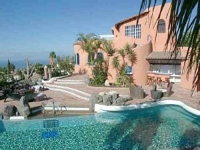 Luxury Villa Sleeps 18 with private pool in Tenerife