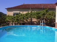 Casa das Videiras. Traditional Country house bed and breakfast in the heart of central Portugal