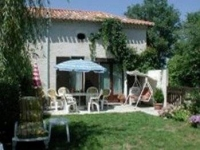 Single storey house to rent in the Dordogne, France,in very peaceful countryside