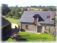 Hirondelle Farm - The Stable, nestles in the Loire counrtyside.