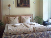 CENTRAL 50m2 APARTMENT NEXT TO PARLIAMENT ON THE DUNA RIVER CORSO FROM 39€/night