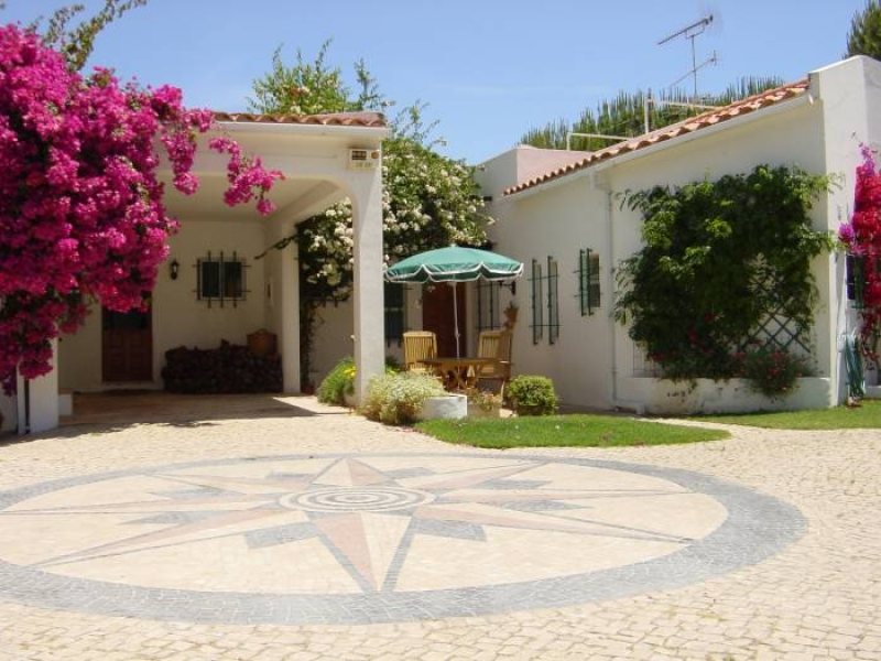 3 Bedroom Luxury Villa With Large Mature Garden Amp Private