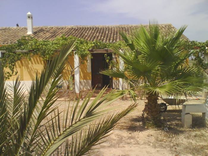 Traditional spanish finca near Polaris world, Condado de Alhama