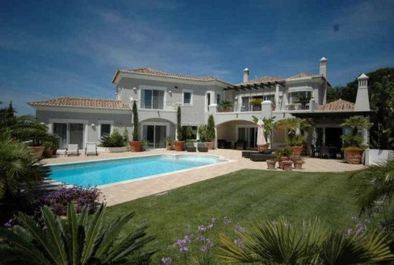 Brand new luxury 4 Bedroom Villa in Vale do Lobo